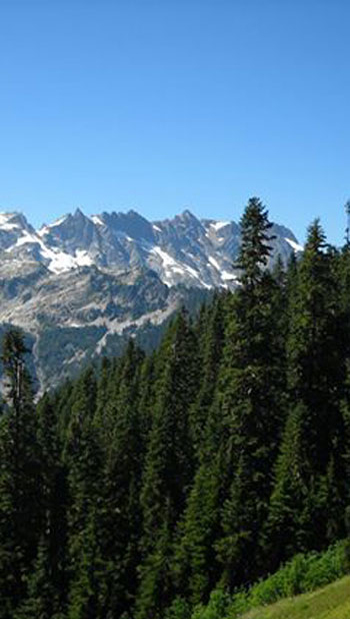 Cascade Mountains Photo by Paul Long